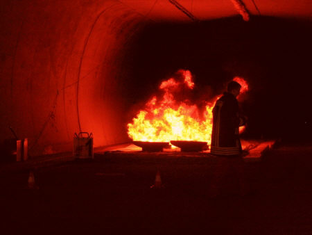 Brandschutz im Tunnel: Bauvorschriften in Ordnung