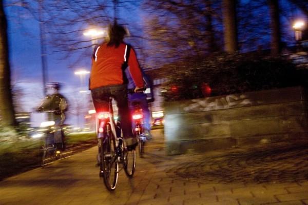 Die Hälfte der Fahrradfahrer ohne Licht unterwegs