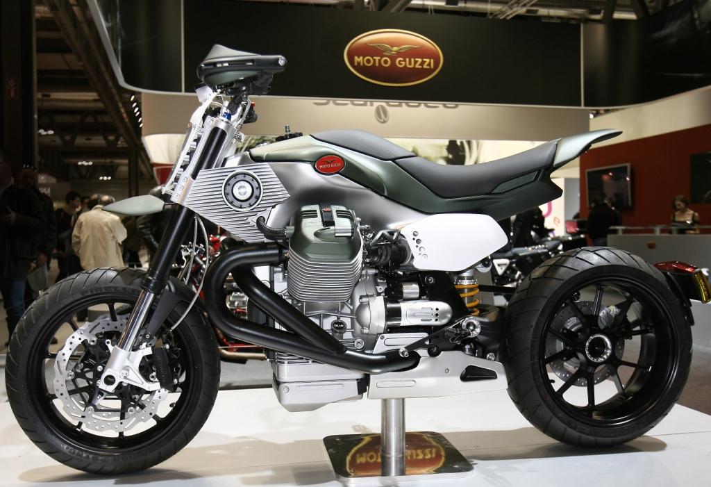 EICMA: Prototypen von Moto Guzzi und Piaggio
