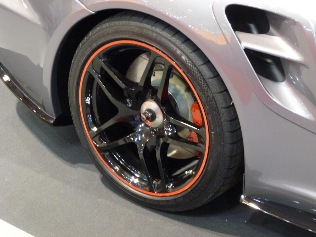 Essen Motor Show 2009: Porsche 9ff.