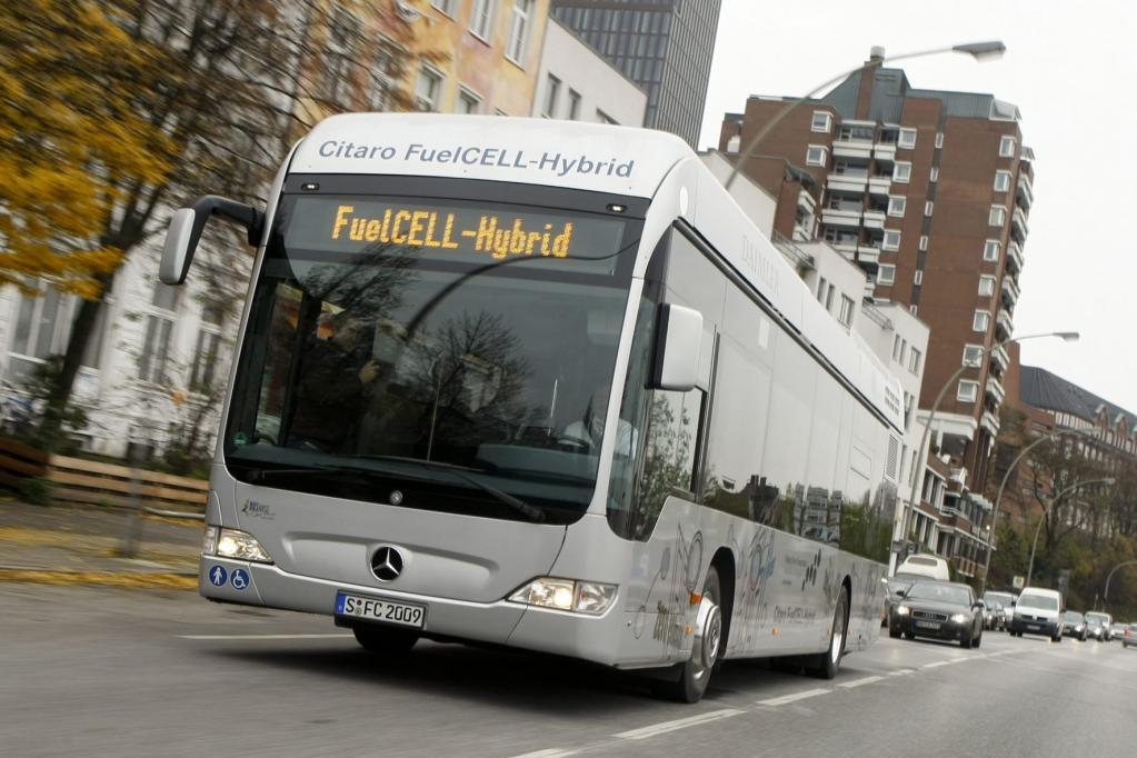 Hamburg testet 10 Brennstoffzellen-Hybridbusse