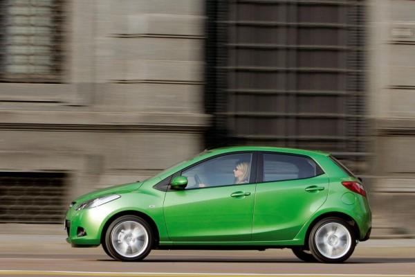 Mazda2 rollt nach Amerika
