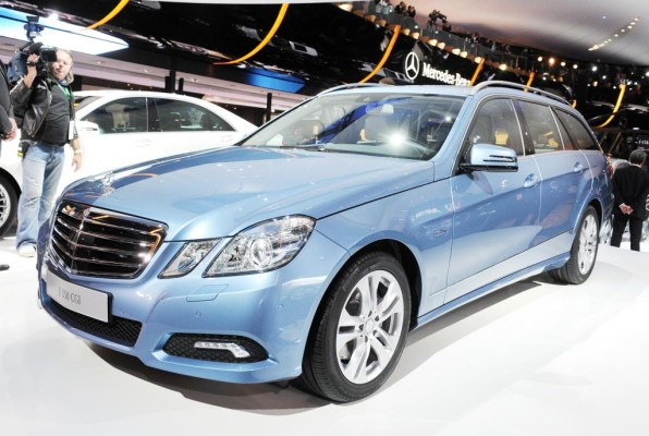 Mercedes E-Klasse - wertstabilste Oberklasse-Baureihe