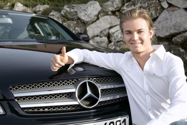 Nico Rosberg fährt im Silberpfeil
