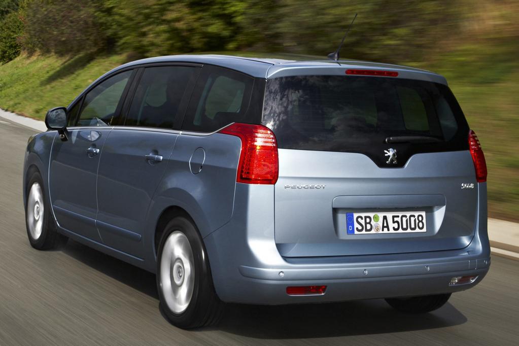 Peugeot 5008: Salonlöwe für Familien