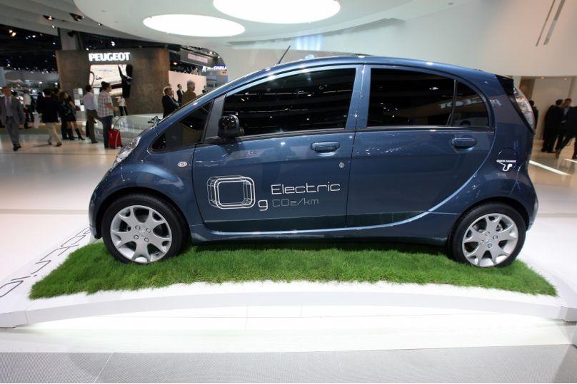 Peugeot iOn kann ab sofort vorreserviert werden
