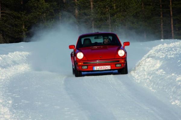 Porsche gibt Winterreifen für Youngtimer und Klassiker frei