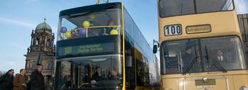Blauer Umweltengel für MAN-Doppeldeckerbusse