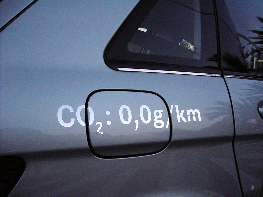Der Kohlendioxid-Ausstoß des Mercedes B-Klasse-F-Cell ist gleich null.