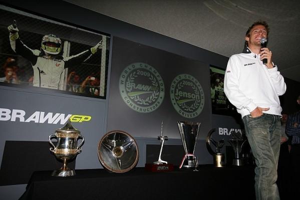 FIA-Gala: Button erhält WM-Pokal: Auszeichnungen in Monaco