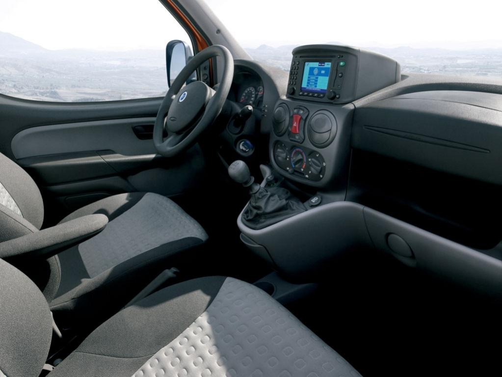 Fiat Doblo: Kleintransporter mit Familiensinn  - Bild(21)