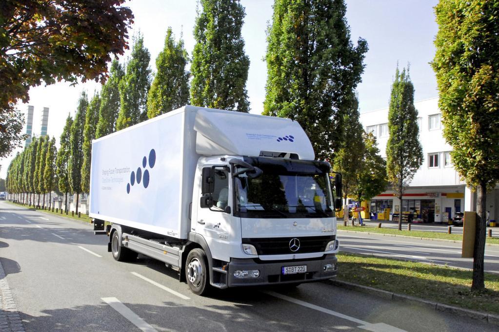 Hybrid-Lkw startet in Kunden-Testbetrieb