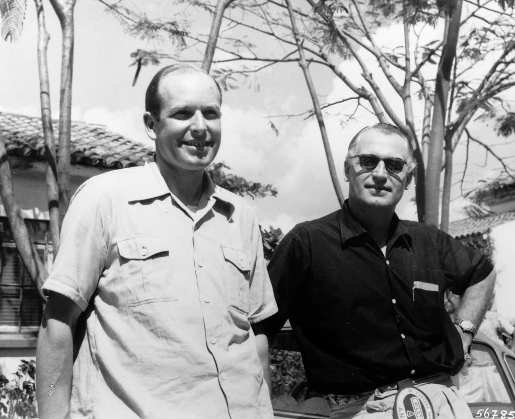 III. Carrera Panamericana Mexico, 1952: Das siegreiche Team Hans Klenk (links) und Karl Kling auf Mercedes-Benz 300 SL (Baureihe W 194).