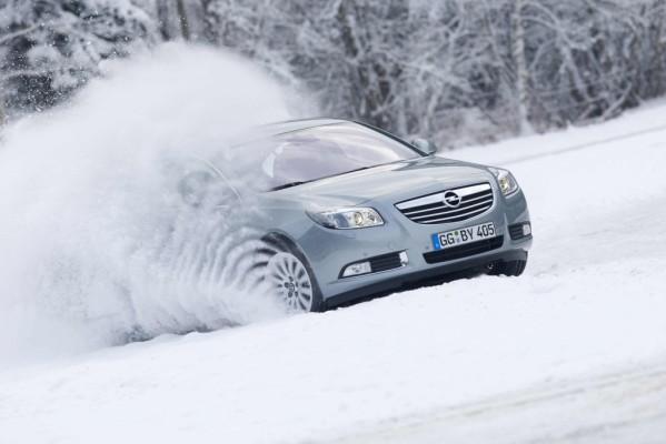 Kurztest: Opel Insignia Allrad hilft auf Schnee und beim Spritsparen