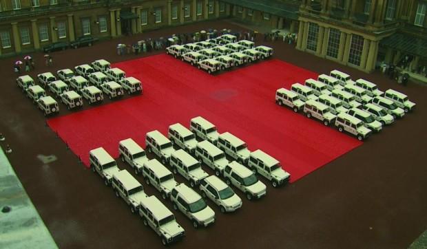 Land Rover spendet dem DRK für jedes Wort 50 Cent