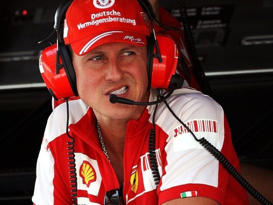 Mercedes sucht erfahrenen Piloten: Schumacher wäre gut für die F1