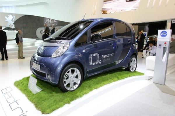 Peugeot stellt beim Klimagipfel umweltfreundliche Fahrzeuge vor