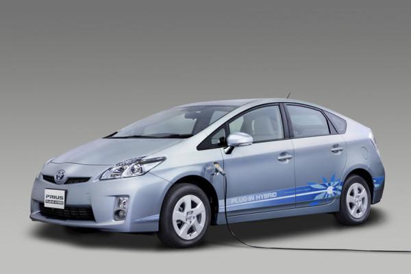Plug-in-Version des Toyota Prius wird nun produziert