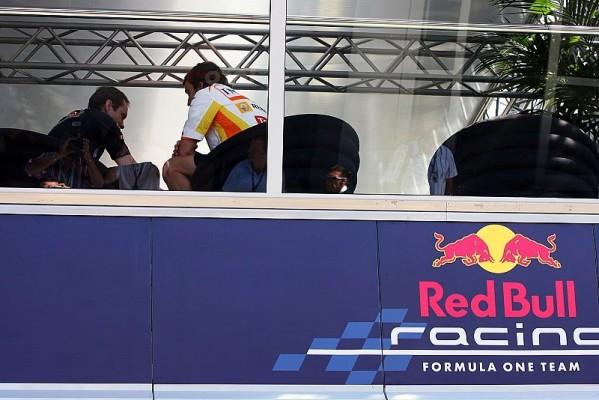 Red Bull bleibt Renault treu: Kein Wechsel zu Mercedes