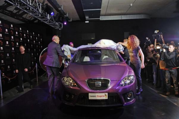 Shakira geht wieder mit SEAT auf Tournee