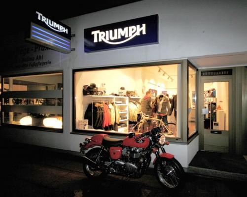 Triumph eröffnete weltweit ersten Brandstore