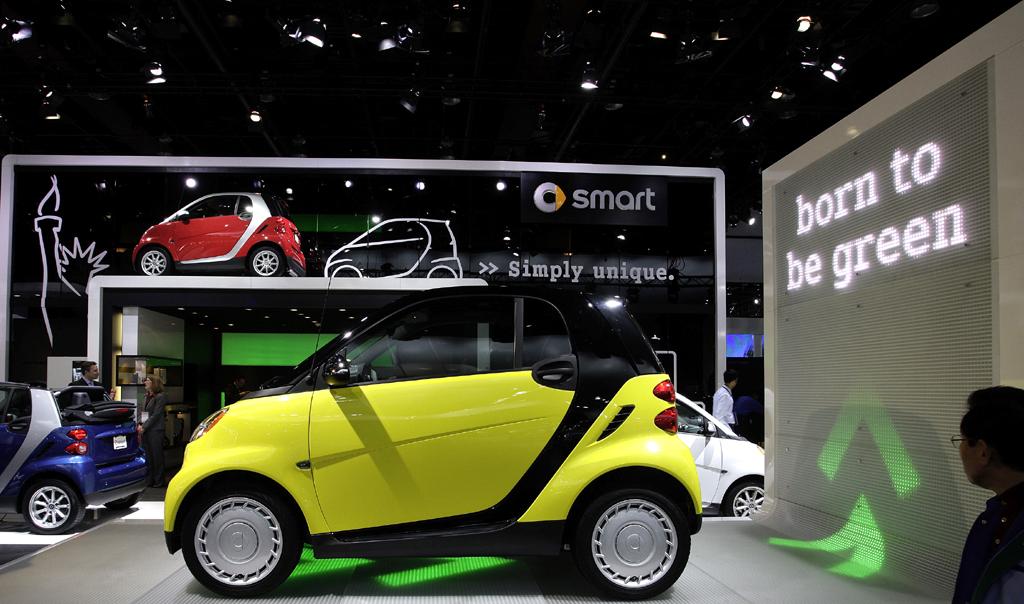 Auch mit gelber Farbe wirbt Smart mit - siehe Slogan -