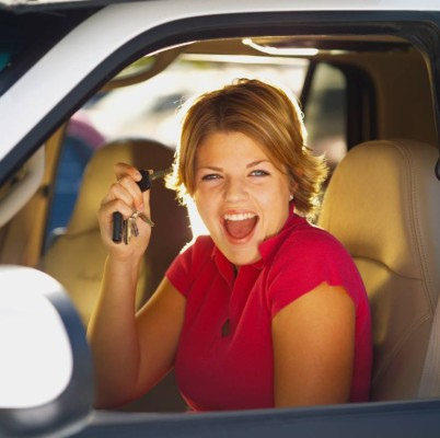 Autoversicherer kommen Fahranfängern entgegen