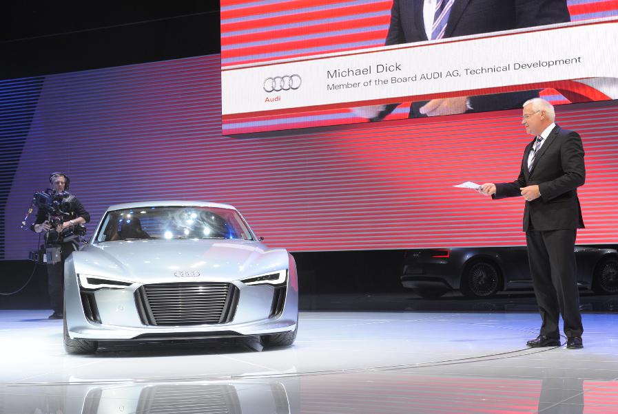 Detroit 2010: Audi zeigt weiteren E-tron