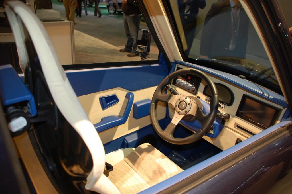 Detroit 2010 – Tango 600: Elektrischer Stadtflitzer von Commuter Cars