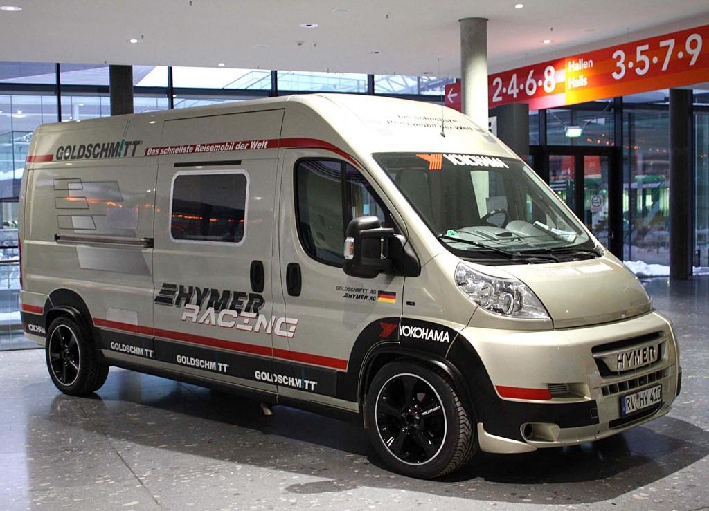 Hymer-Car:Schnellstes Reisemobil der Welt auf Yokohama-Pneus Advant S.T.