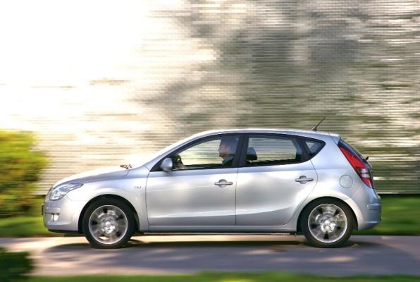 Hyundai erweitert Wartungsintervalle für i30 und Santa Fe