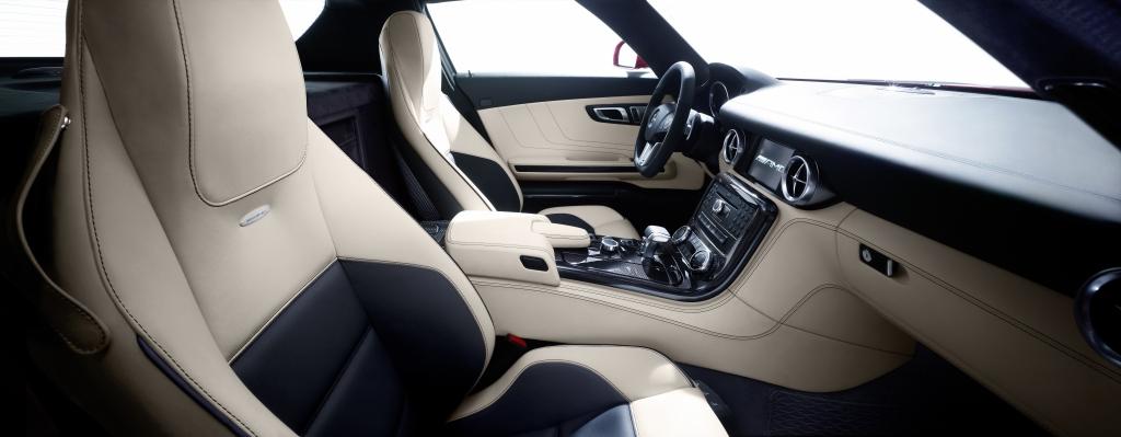 Mercedes SLS AMG: Fertigung in Handarbeit startet - Bild(14) - Bild(14)