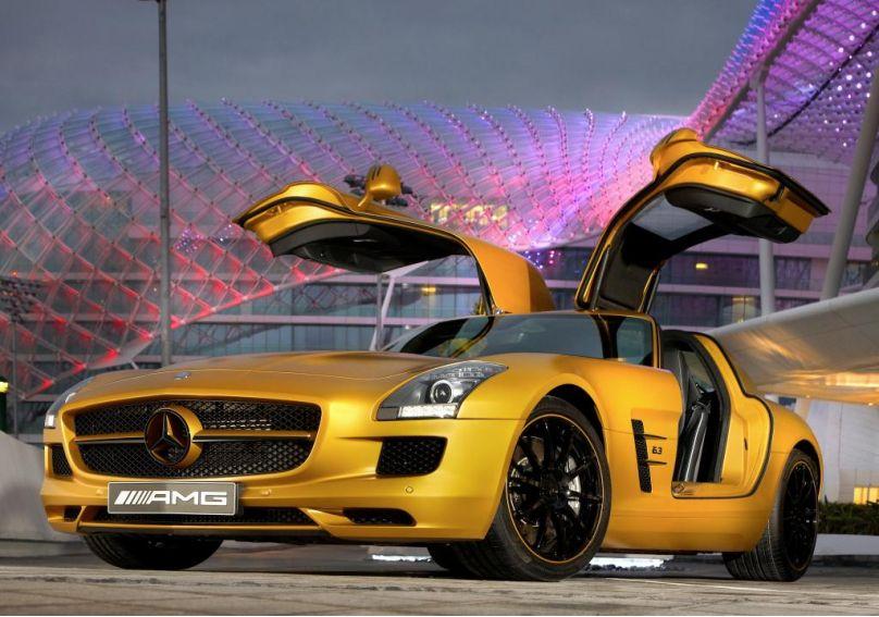 Mercedes SLS AMG: Fertigung in Handarbeit startet - Bild(3) - Bild(3)