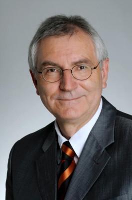 Opel-Chef Hans Demant tritt zurück und überwacht künftig GM-Rechte