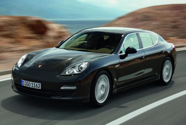 Porsche Panamera räumt weiterhin Preise ab