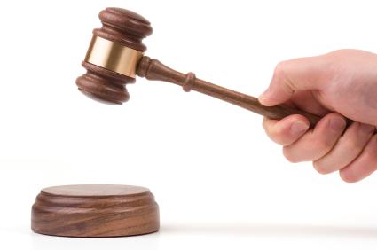 Recht: Bei Schlaglochschaden Geld von der Kommune fordern