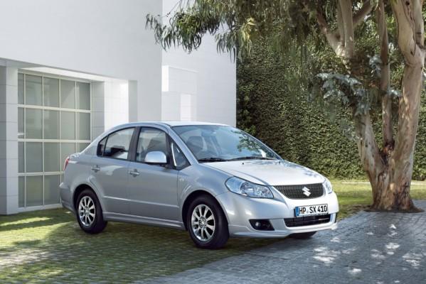 Suzuki SX4 Limousine: neuer Look und neuer Motor