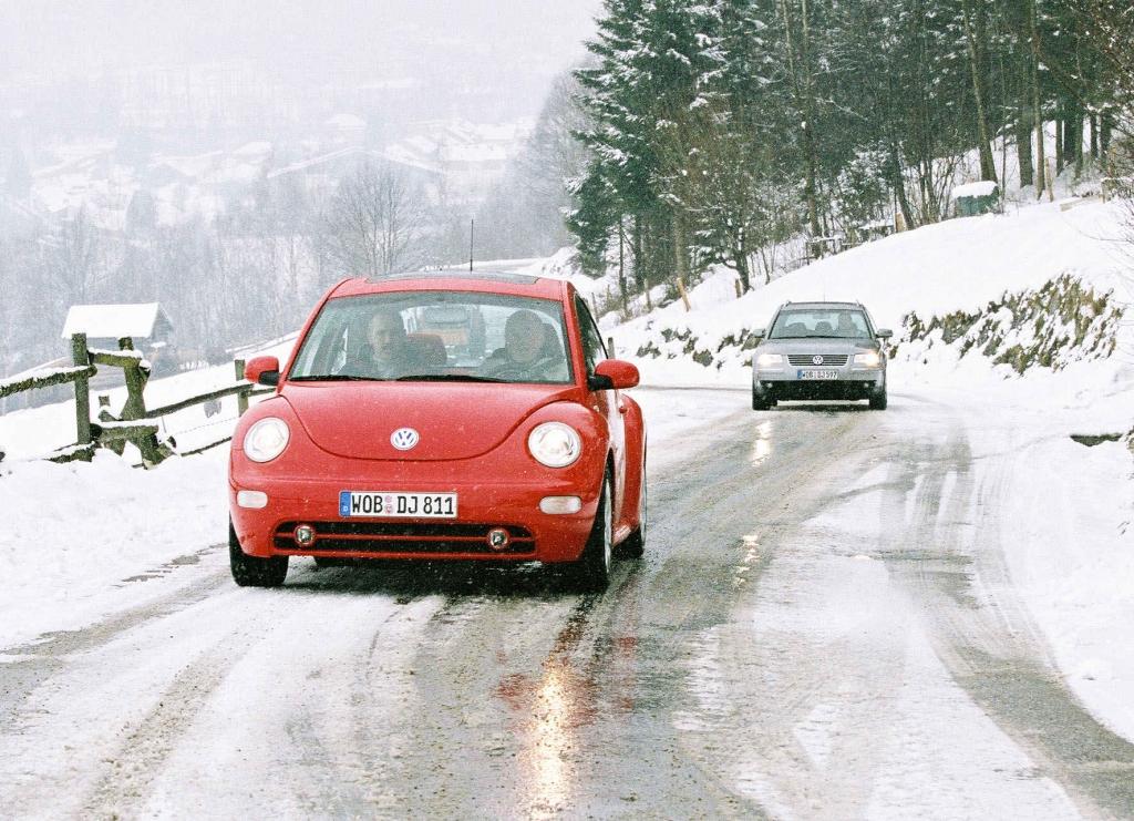 Tipps für sicheres Fahren auf Eis und Schnee