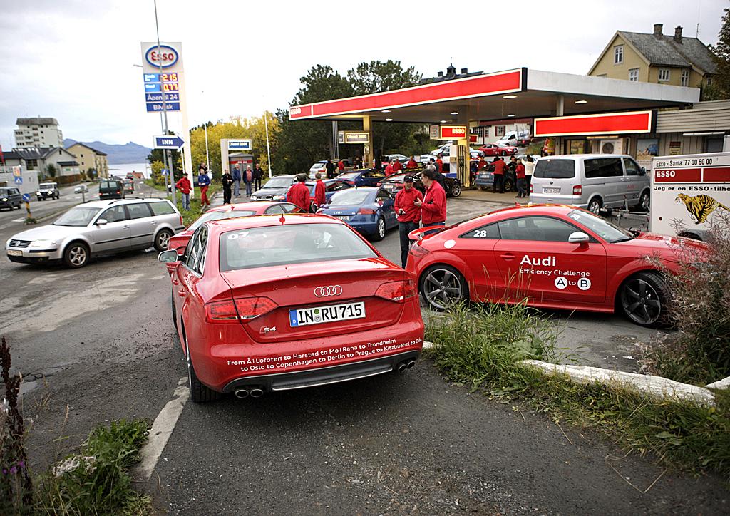 Treffpunkt Tankstelle, hier bei der Audi-Sparfahrt