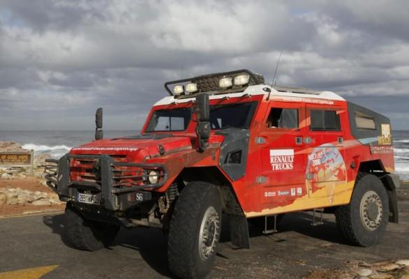 Buch über Cape-to-Cape-Expedition von Renault erschienen