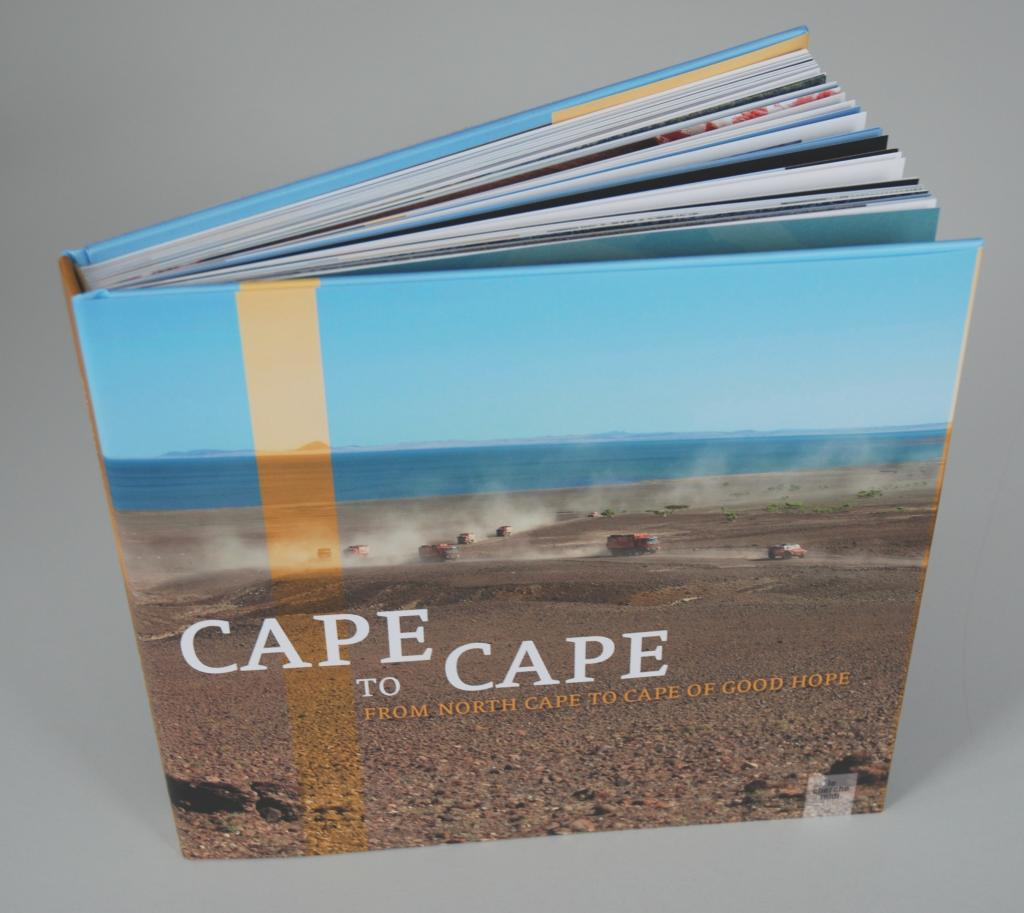 "Das Buch ist ""Cape-to-Cape, from North Cape to Cape of Good Hope"" in französischer und englischer Sprache erschienen."