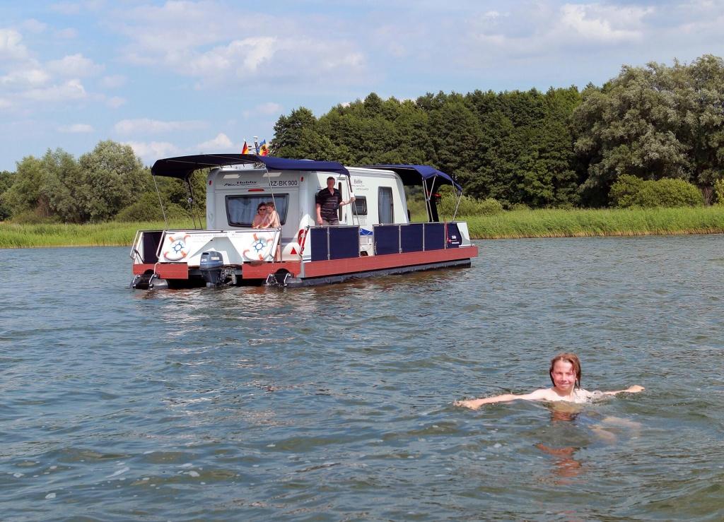 Ein Hobby als Hausboot: WaterCamper