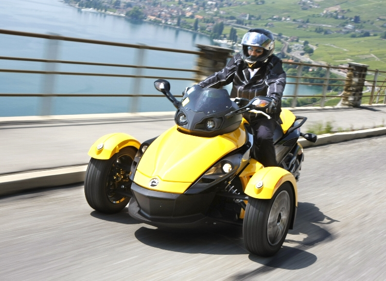 Genfer Salon 2010: Can-Am Spyder – der Motorrad-Roadster - Bild(14) - Bild(14)