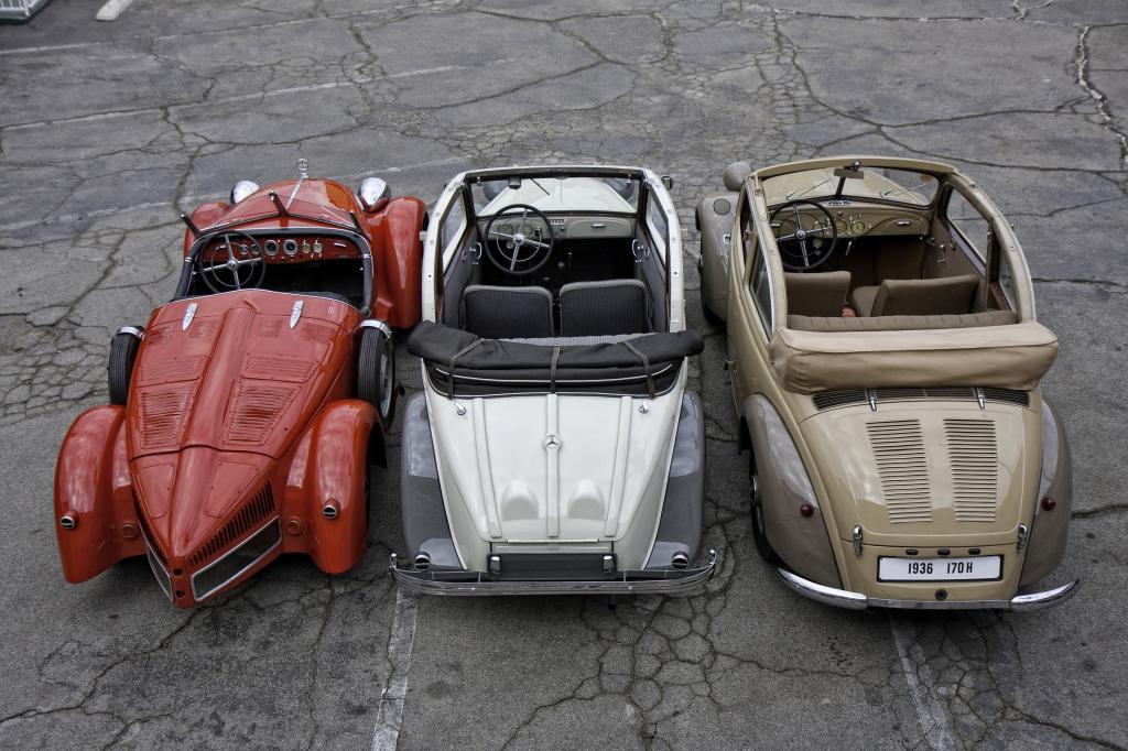 Heckmotor bei Mercedes-Benz: Mercedes-Benz 150 Sport-Roadster, Baureihe W 30, 1934 bis 1936 , Mercedes-Benz 130, Baureihe W 23, 1934 bis 1936 und Mercedes-Benz 170 H, Baureihe W 28, 1936 bis 1939 (von links nach rechts).