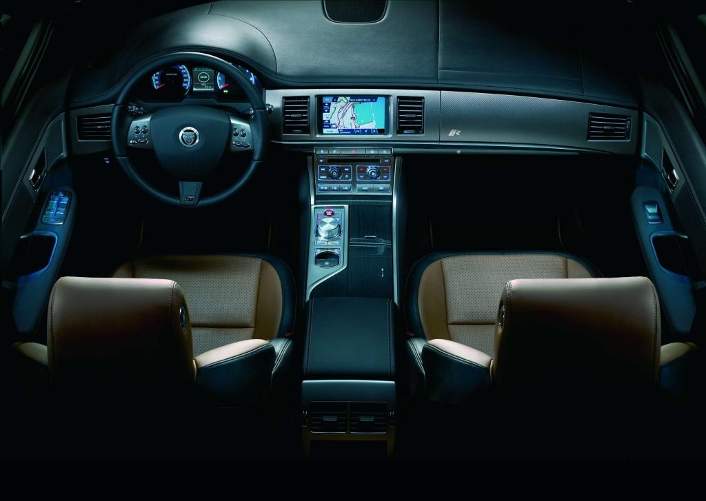 Jaguar XF mit neuen Motor- und Ausstattungsvarianten
