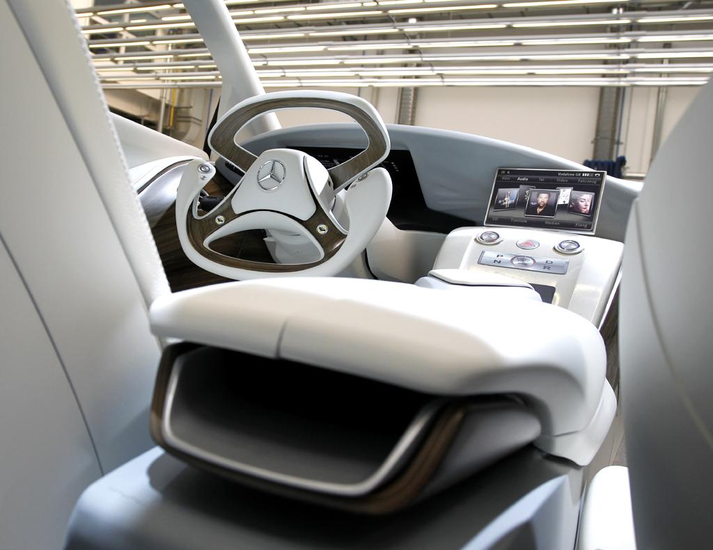 Mercedes-Design: Die Atmosphäre im Innenraum ist hell und freundlich.