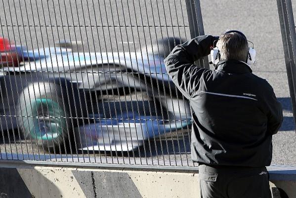 Mercedes GP: Finaler Diffusor in Bahrain: Warten auf ersten Einsatz
