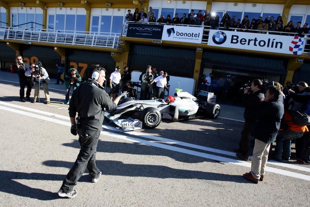 Michael Schumacher, Mercedes GP PETRONAS Formel 1-Team, Formel 1, Valencia Test, 01.02.10