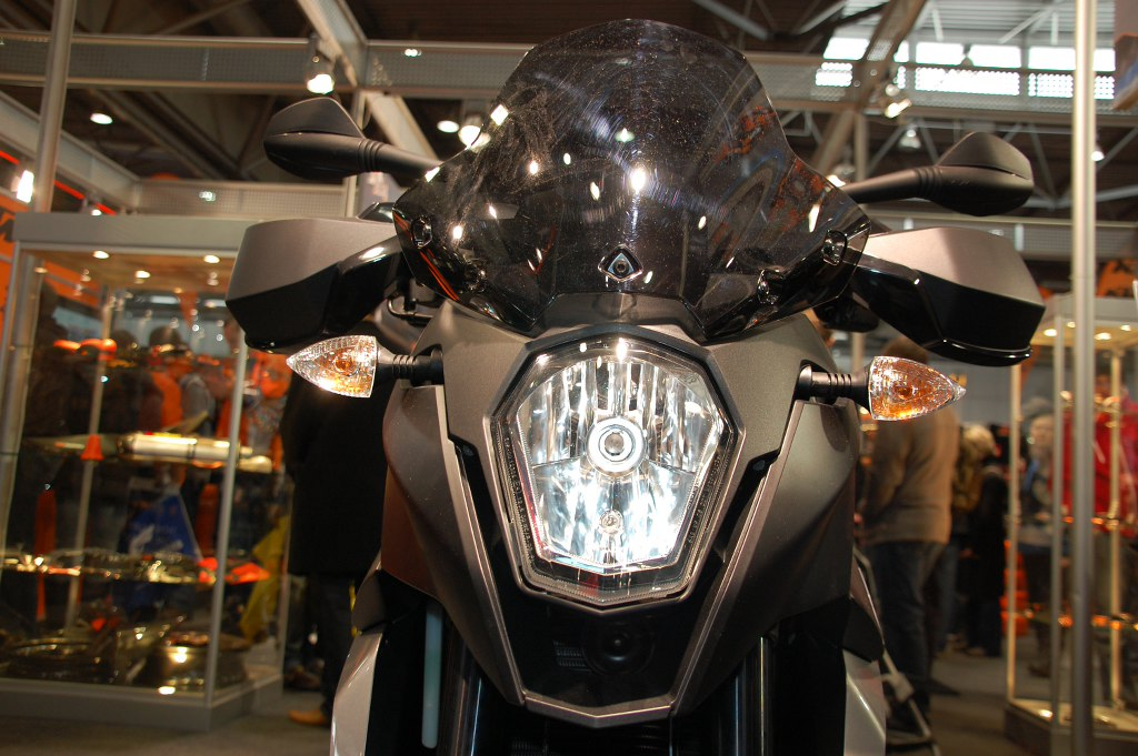 Motorrad Messe Leipzig 2010: KTM, Moto Guzzi & Roller