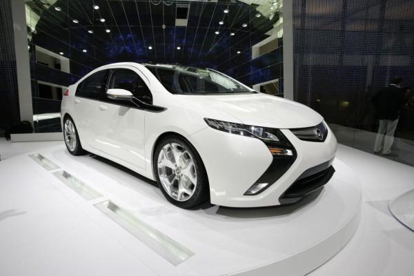 Opel Ampera wirbt bei EU-Konferenz für Elektroautos